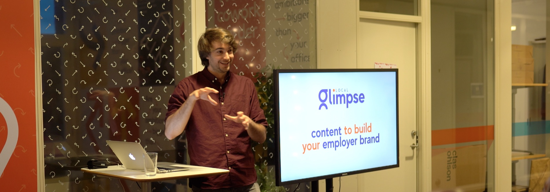 Benjamin talking at an employer branding event about content